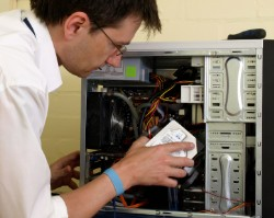SoloADvance for field service engineers